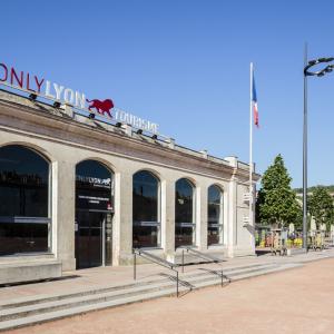 Pavillon ONLYLYON Tourisme - www.b-rob.com